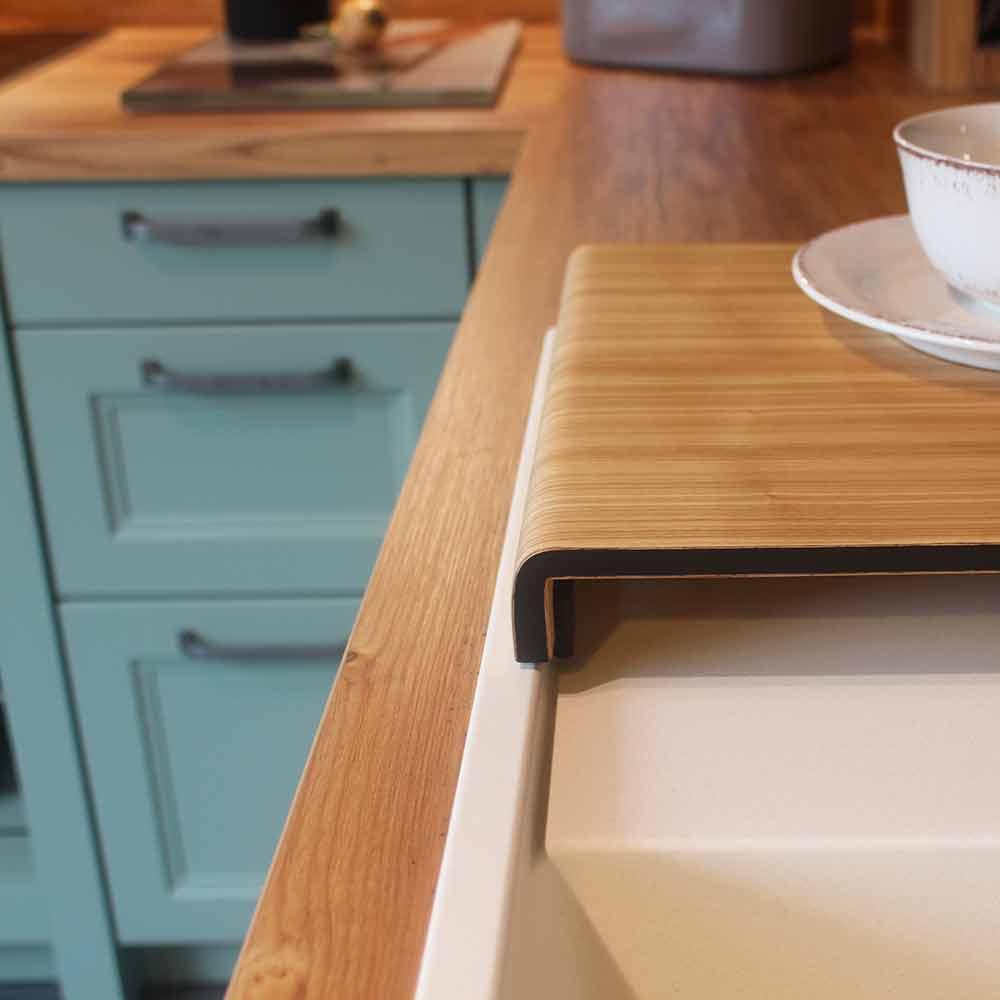 Cambia - Musterküche bei Küchen-Schreiner-Meier - Detail Abdeckung Spüle