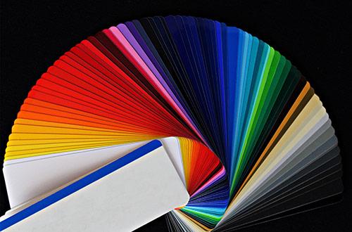 RAL-Farbfächer Glasrückwände bei Küchen-Schreiner-Meier